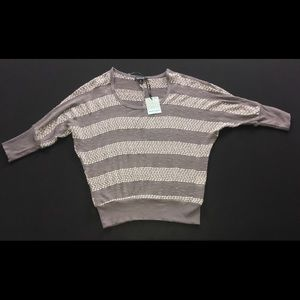 NWT About a Girl loose bat sleeve sweater M